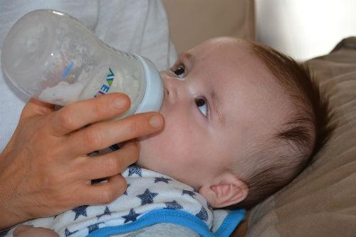 beneficios leche sin lactosa bebe