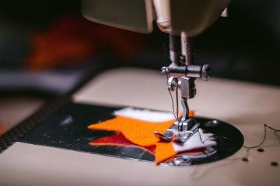 Taller de reparacion de maquinas de coser