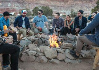 personas de acampada